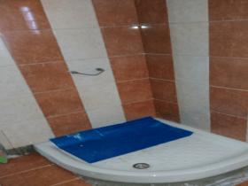 μπάνιο_Αμπελόκηπους